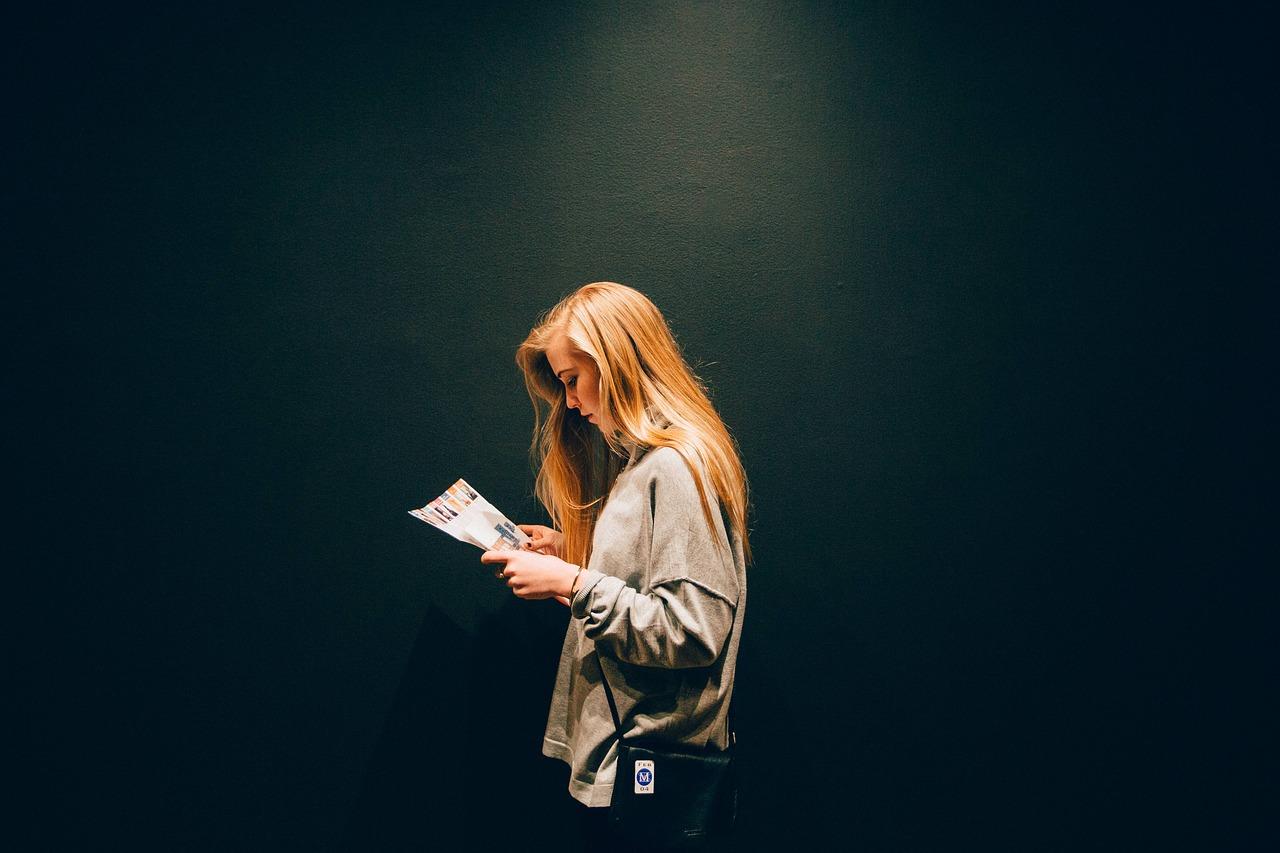 Як відірвати підлітка від гаджетів і залучити до читання?