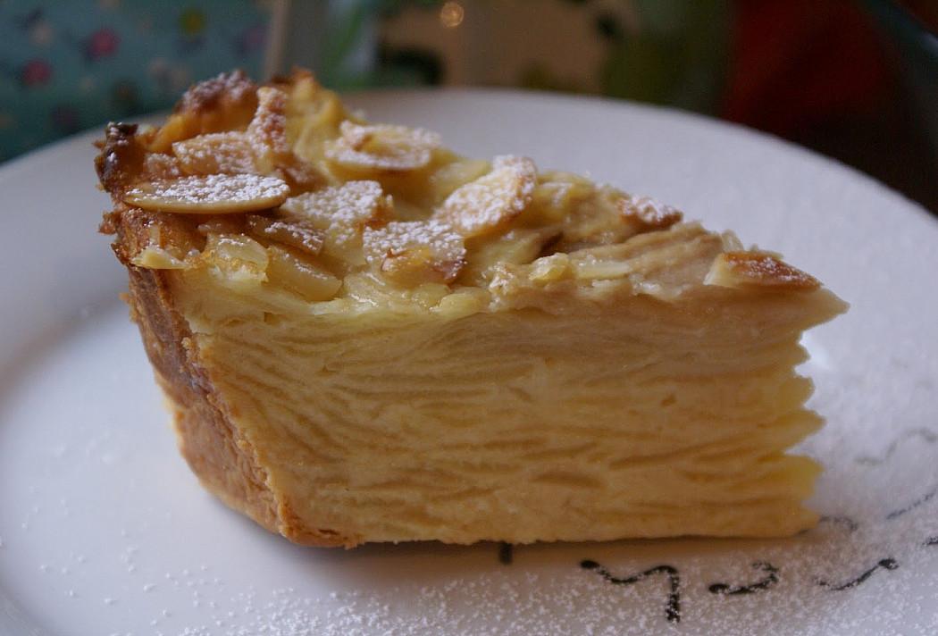Яблучно-грушевий пиріг, де навіть тісто - як крем